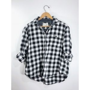 F21 • Black and White Flannel Button Up